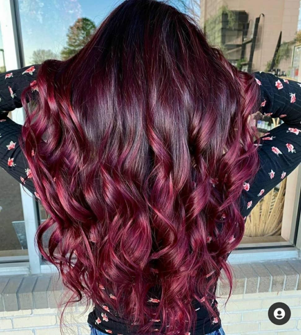 متخصص رنگ مو ، رنگ مو شرابی ، رنگ مو با دمجانی